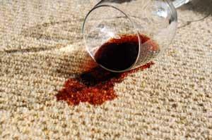 הסרת כתמי מיץ מהשטיח